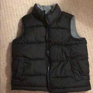 Old navy, boys gray puffer vest, size XS-5